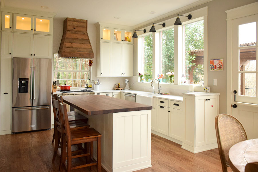 Kitchens Designed by Vivienne on modern design, closet design, exterior design, office design, apartment design, pantry design, basement design, bathroom design, garage design, staircase design, master bath design, bedroom design, backyard design, tile design, shower design, den design, fireplace design, room design, hall design, interior design,